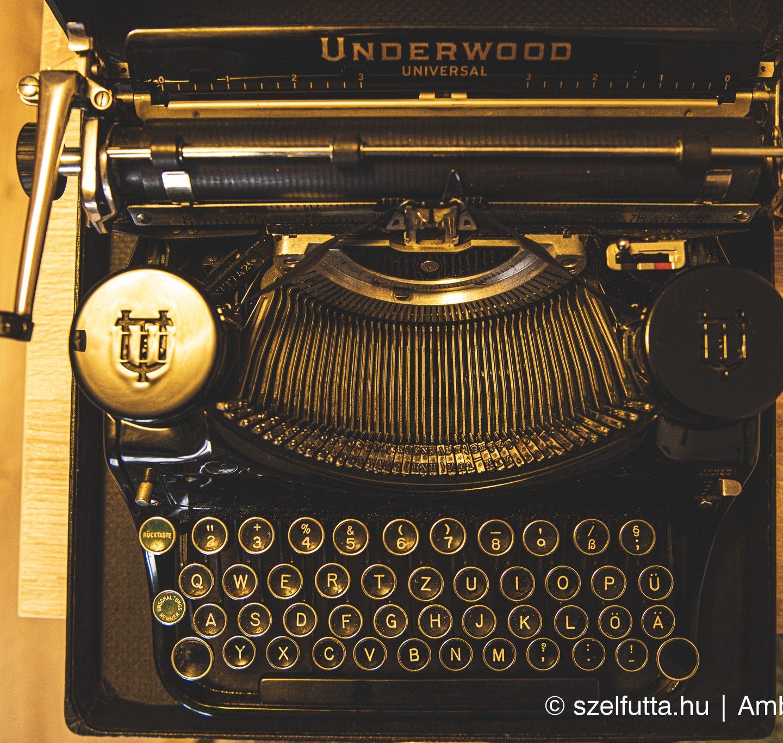 Underwood Universal írógép